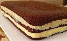 O Pão de Ló de Água de Chocolate fica fofinho, saboroso e rende bastante. Com certeza, ele deixará os seus bolos incríveis. Confira a receita!