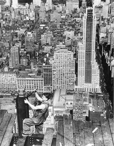Construction work on the Empire State Building Lewis W. Hine / New York Public Library 1930