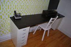 DIY Office Desk Tutorial.   Love the built in cubby to keep clutter and cords away.