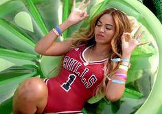 Beyoncé Feeling Myself Music Video 18.05.2015