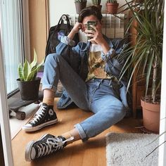 New Fashion Style Vintage Men Outfit 28 Ideas 80s Fashion Men, Fashion Mode, Aesthetic Fashion, Aesthetic Clothes, Korean Fashion, Trendy Fashion, Fashion Outfits, Teenage Boy Fashion, Cheap Fashion