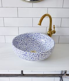 White porcelain basin with an all-over royal blue floral pattern. Intricate, delicate and elegant design. Diameter Height Hand finished porcelain basin from the London Basin Company.- JUST GORGEOUS! Beautiful Houses Interior, Beautiful Homes, Home Decor Accessories, Decorative Accessories, Sink Countertop, Interior Minimalista, Hallway Decorating, Bathroom Interior Design, Bathroom Inspiration