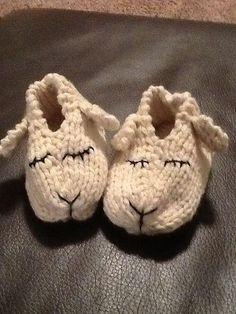 Lamb Shoes - Knitting Pattern (Beautiful Skills - Crochet Knitting Quilting), knitting for babies, Baby Knitting Patterns, Knitting For Kids, Loom Knitting, Knitting Socks, Free Knitting, Knitting Projects, Crochet Projects, Crochet Patterns, Simple Knitting