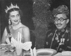 Princess Marina also took the festoon tiara with her for royal tours, this one to the Far East