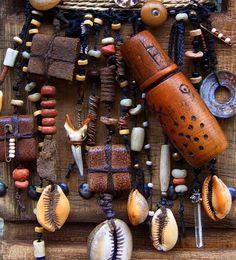 artpropelled:    Amulets and Talismans by Robyn Gordon