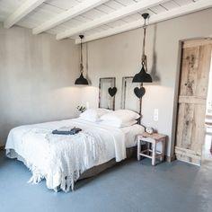La vie à la campagne master bedroom