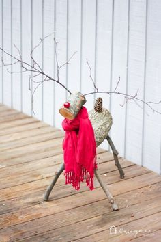 Getting ready for Christmas, here's a an easy and quick DIY Christmas reindeer tutorial. #diyreindeerlog #reindeerlogshowtomake #christmasreindeerdecor Reindeer Logs, Diy Christmas Reindeer, Red Christmas Ornaments, Magical Christmas, Rustic Christmas, Christmas Stuff, Wooden Snowmen, Christmas Ideas, Christmas Projects