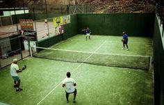 Partido en el club de tenis y pádel Santa Bárbara, Costa Teguise