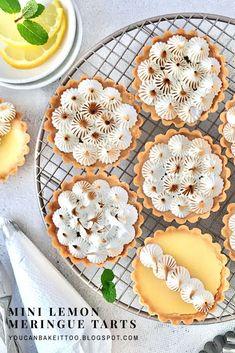 Lemon Dessert Recipes, Tart Recipes, Sweet Recipes, Mini Lemon Tarts, Mini Tart, Tart Filling, Custard Filling, Lemon Meringue Tartlets, Lemon Custard Tart
