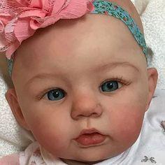 Abigail by Laura Tuzio Ross Reborn Babypuppen, Reborn Toddler Dolls, Newborn Baby Dolls, Reborn Dolls, Silicone Reborn Babies, Silicone Baby Dolls, Beautiful Dolls, Beautiful Children, Beautiful Things