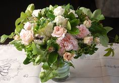 How to Make a Centerpiece Bouquet #DIY #floraldesign #weddings