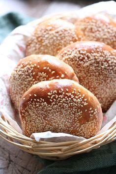 Food Humor, Funny Food, Bread Bun, Dough Recipe, Bread Recipes, Food And Drink, Desserts, Burgers, Artisan Bread