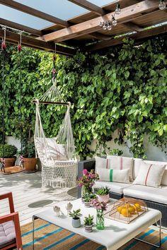 12 ideas para porches, terrazas y jardines Small Backyard Patio, Diy Patio, Patio Ideas, Patio Design, Garden Design, Porch And Terrace, Diy Terrasse, Modern Farmhouse Exterior, Outdoor Living