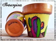 Painted Clay Pots, Painted Flower Pots, Hand Painted, Painting Cement, Clay Pot People, Concrete Pots, Pop Art Design, Succulent Pots, Diy Planters