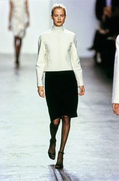 Calvin Klein Collection Fall 1999 Ready-to-Wear Fashion Show - Carolyn Murphy