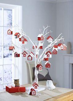 Advent Calendar House, Wooden Advent Calendar, Homemade Advent Calendars, Nordic Christmas, Christmas Home, Christmas Holidays, Christmas Tables, Modern Christmas, White Christmas