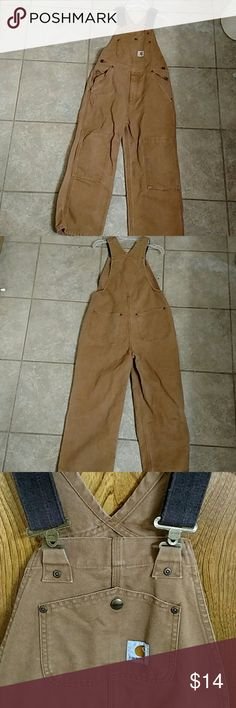 Kids Carhartt Bib overalls Sz 8 Carhartt Bib Overalls  Size 8 boys Adjustable straps Measures 46 inches top to bottom Inseam 21 Excellent condition No stains, tears or frays NO TRADES REASONABLE OFFERS ONLY Carhartt Bottoms Overalls