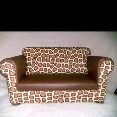 Mini giraffe couch