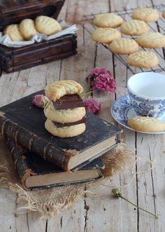 Las megasupefácilesy deliciosas galletas que con tan sólo tres ingredientes quedanriquísimas, sinoprobarlasy ya me diréis, ademas s...
