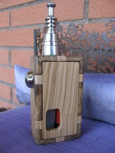 Puzzle Box - Voted BEST MECHANICAL BOX MOD 2012 http://forum.vapers.it/viewtopic.php?p=26513#p26513