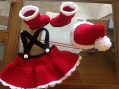 Handmade baby girl Santa Suit photo prop outfit skirt hat and boots new crochet soft size 3 months > have a new neighbor girl who would show this off smartly. Crochet Santa, Crochet Cap, Holiday Crochet, Christmas Knitting, Crochet Gifts, Crochet For Kids, Knitting Projects, Crochet Projects, Crochet Photo Props