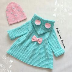 Baby Robes – Baby and Toddler Clothing and Accesories Diy Baby Bibs Pattern, Baby Bibs Patterns, Bib Pattern, Knitting Patterns, Crochet Coat, Knitted Coat, Pregnancy Fashion Winter, Crochet Dreamcatcher, Mode Crochet