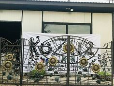 DRIVEWAY WROUGHT IRON GATES Beautiful Sunflowers Design ENTRANCE GATE 14 FT   eBay Wrought Iron Gates, Sunflower Design, Driveway Gate, Entrance Gates, Garden Fencing, Rivers, Sunflowers, Outdoor Gardens, Outdoor Living
