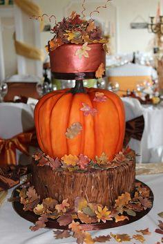 Gorgeous Halloween cake, no recipe! Autum Wedding, Autumn Wedding Cakes, Halloween Wedding Cakes, Fall Wedding Makeup, Floral Wedding Cakes, Fall Wedding Centerpieces, Fall Wedding Colors, Beautiful Wedding Cakes, Elegant Wedding