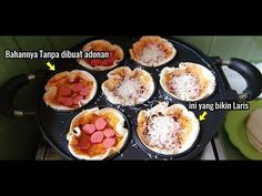 DIJUAL 2000an!!! JAJANAN ITALI INI DIBUAT DARI 4 BAHAN AJA BAKAL LUDEZZ DIBORONG ANAK SEKOLAHAN - YouTube Cooking Videos, Food Videos, Resep Cake, Vegan Recipes, Cooking Recipes, Indonesian Food, Griddle Pan, Cheddar, Food And Drink