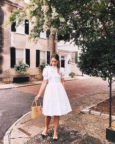 for dinner out last night! This is the @galmeetsglam Hanna dress in white. The pink version just went on sale (40% off!) along with a few other styles from our April collection. Head on over to the link in my profile to shop them all! #gmgcollection #gmgonme #nightout #dresslover #bows #bowdress #charleston
