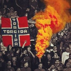 Torcida   HŽV!!!  #hajduk #split #torcida #hžv