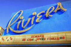 5 cosas que hacen los #cubanos en los #cines http://www.cubanos.guru/5-cosas-hacen-los-cubanos-los-cines/