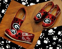 Awesome UGA Tom's From little bow peep!