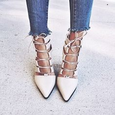 See this Instagram photo by @dreamfashionably • 2,028 likes