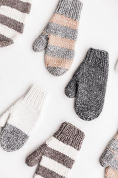 Новости Knitted Mittens Pattern, Knitted Gloves, Knitting Patterns, Diy Crochet And Knitting, Arm Knitting, Knitting Projects, Crochet Projects, Fingerless Mittens, Jackets