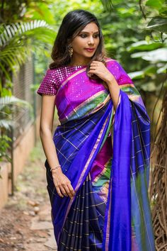 Navy blue zari checked Pochampally saree with ganga jamuna border Bollywood Style, Indian Bollywood, Indian Sarees, Designer Silk Sarees, Designer Dresses, Dress Designs, Blouse Designs, Saree Color Combinations, Saree Blouse