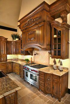 30 Gorgeous Tuscan Kitchen Design Ideas You Must Know - luxury kitchen Tuscan Kitchen, Kitchen Cabinetry, Luxury Kitchens, Kitchen Remodel, Kitchen Decor, Tuscan Decorating, Rustic Kitchen, Kitchen Renovation, Kitchen Design