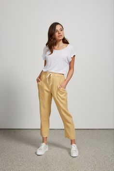 We are loving the Marigold Luxe Linen Pants available in 3 other colours. Stylish yet comfortable with and elastic waist and side pockets. Modern Bohemian, Bohemian Style, Australian Fashion, Linen Pants, Fashion Labels, Boho Dress, Printing On Fabric, Parachute Pants, Vintage Inspired