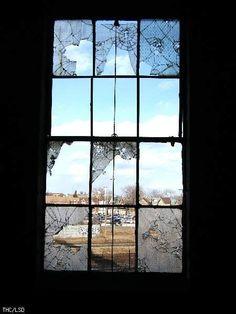 Gallery: Canada Linseed Oil Mills Ltd. > lsd trip 2006 > Windows 3.11 - Urban Exploration Resource