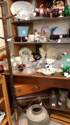 I don't often use retail therapy to boost my mood, but I thought I'd give it a try today! The Junk Parlor | Old stuff and cool junk for your home thejunkparlor.com