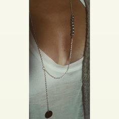 """Ama """"eau""""sautoir en métal argenté avec perles """"chieuse""""+ nacre noir 46 cm"""