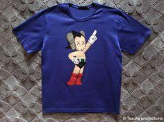 Original Fake Astro Boy KAWS Version T-Shirt Collection #streetwear #japan #stlye #menswear #news #new #collection #collaborative #kaws