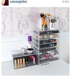 MUJI Makeup-Tower für Kosmetik & Schminke aus Acryl http://www.magi-mania.de/produkt/muji-acryl-beauty-aufbewahrung-mit-5-schubladen-l/