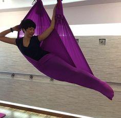 Aerial Yoga Hammock, Aerial Dance, Aerial Silks, Anti Gravity Yoga, Air Yoga, Free Yoga Videos, Yoga Decor, Aerial Arts, Yoga Moves