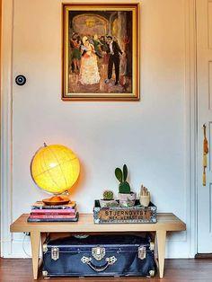 Como criar um verdadeiro #lar com a #decoração ? Fritz Hansen, Home Bedroom, Bedroom Decor, Suitcase Decor, Interior Styling, Interior Design, Home On The Range, Interior Concept, Contemporary Decor