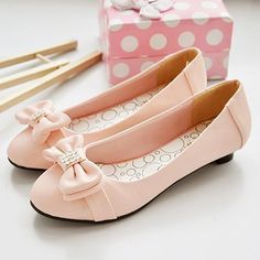 Baby pink flats with bows ❤