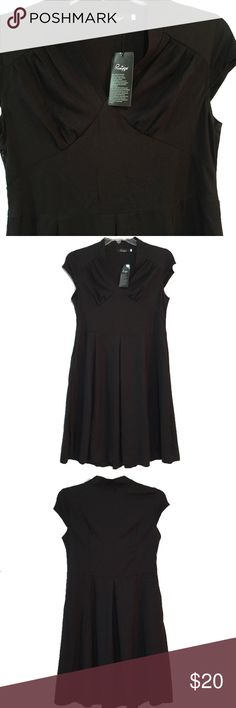 """Black dress, lightweight poly-blend, NWT NWT. Very pretty A-line (relaxed fit) dress, retro-style 1940's dress. There is a single inverted pleat in the front and back of the dress. 33"""" waist, rolled hem. Size M-L. Best for a 36"""" B/C bust- this just didn't quite fit me in the chest, as I'm a 36D. Size large, just below knee length on my 5'6"""" frame. Will easily fit size 10/12. Dresses Midi"""