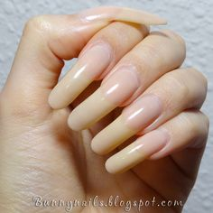 Want some ideas for wedding nail polish designs? This article is a collection of our favorite nail polish designs for your special day. Opi Gel Nails, Fall Gel Nails, Manicure Y Pedicure, Long Natural Nails, Long Nails, Long Fingernails, Curved Nails, Wedding Nail Polish, Bunny Nails