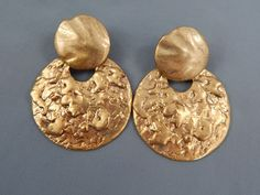 Chico's Chunky Gold Tone Modernist Brutalist Statement Runway Dangle Earrings #Chicos #DropDangle