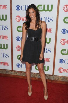 Daniela Ruah Photos - Actress Daniela Ruah arrives at the TCA Party for CBS, The CW and Showtime held at The Pagoda on August 2011 in Beverly Hills, California. - CBS, The CW & Showtime's 2011 TCA Party - Arrivals Daniela Ruah Eye, Beautiful Celebrities, Beautiful Actresses, Kensi Blye, Red Band Society, The Cw, Hollywood Stars, American Actress, Beauty Women